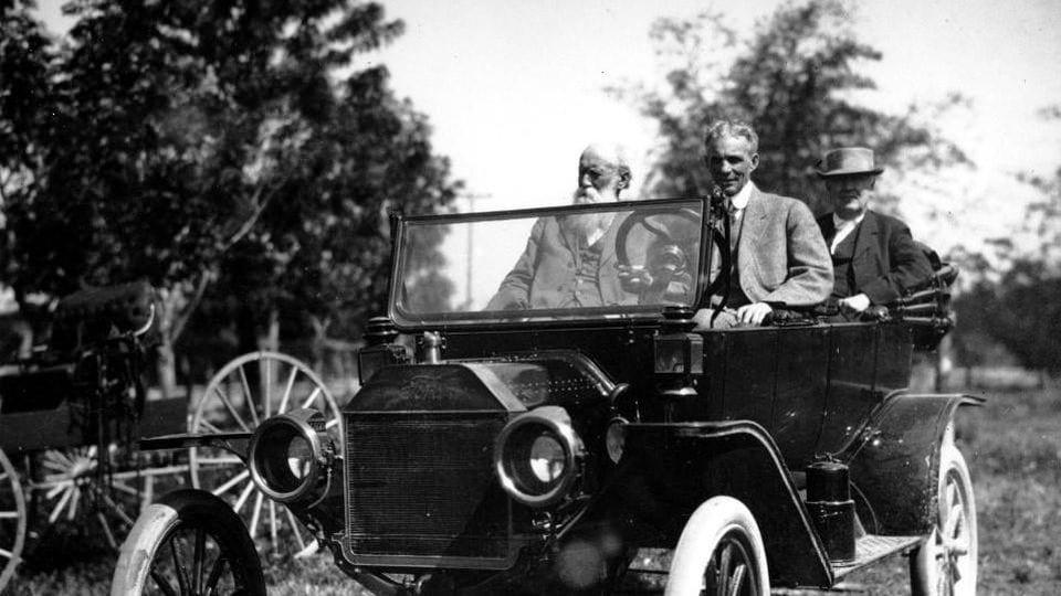 5 najczęściej kupowanych modeli samochodów w historii 1