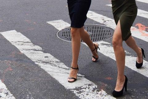 Zachowanie kierowców blisko przejścia dla pieszych. 3